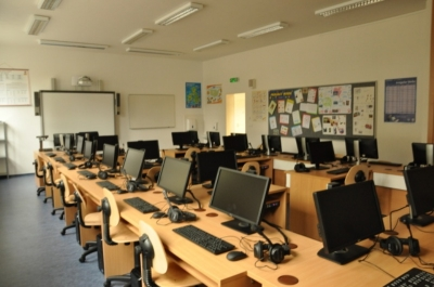 Počítačové učebny v nové škole Otevřená
